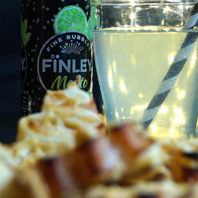 Pour lapritif un Finley saveur mojito et des mini sapinhellip